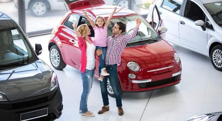 compra-coche-dreamstime.jpg
