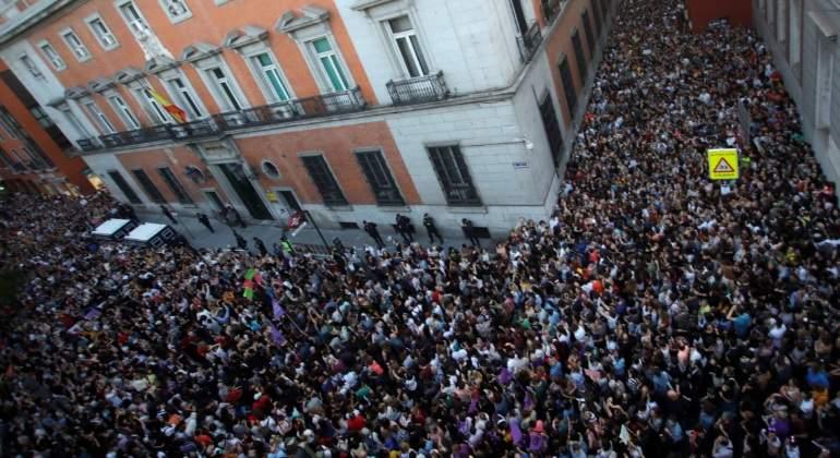 La sentencia del juicio a La Manada crea una ola de indignación con protestas por toda España