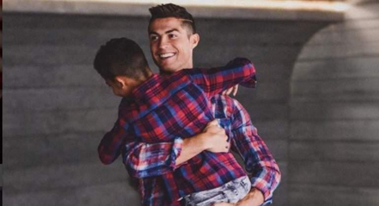 Georgina Rodríguez presentó a la hija de Cristiano Ronaldo