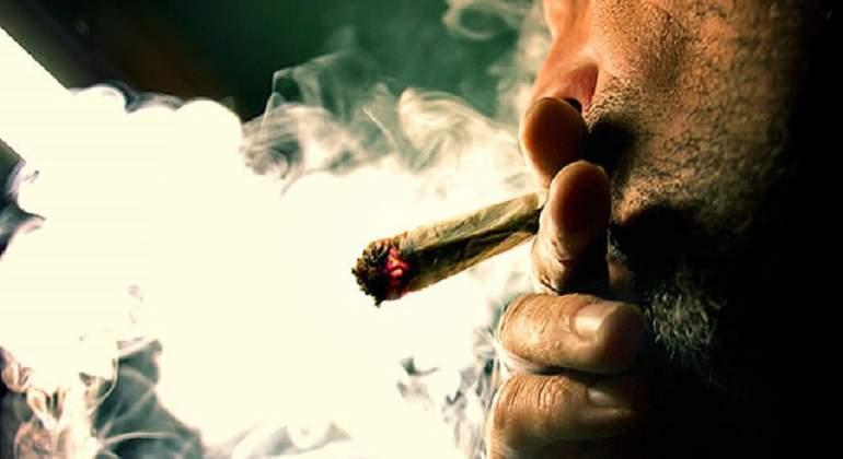 Proponen legalizar uso de marihuana en polos turísticos mexicanos