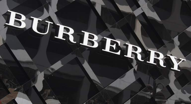 burberry-logo-reuters.jpg
