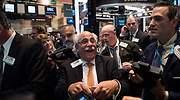 Wall-Street-Tuchman-riendo.jpg