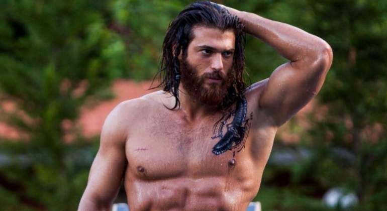 El actor Can Yaman (Erkenci Kus) visita España y se reunirá