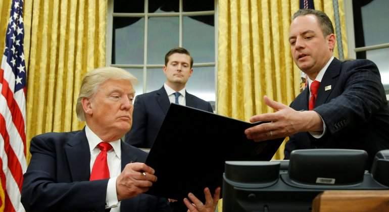 trump-firma-obamacare-reuters.jpg