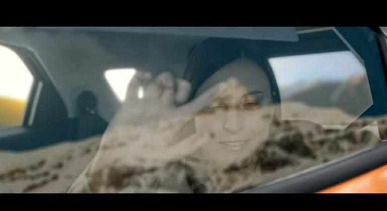Ford crea una ventanilla inteligente que muestra el paisaje a personas invidentes
