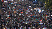 8m-chile-marcha-reuters.png