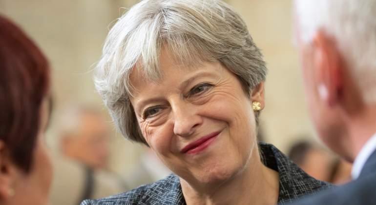 Guía para no perderse con el Brexit: May aborda hoy con sus ministros el acuerdo negociado con Bruselas