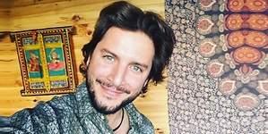 Manuel Carrasco se corta la melena: su nuevo look