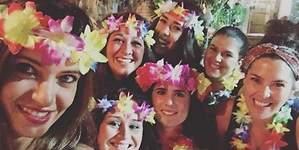 Sara Carbonero ahoga las penas de fiesta en su pueblo