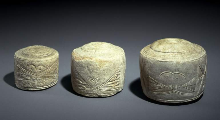 folkton-drums-stonehenge.jpg