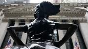 estatua-nina-wall-street-por-detras-fearless-girl-feminismo-igualdad-genero-AFP-getty-770x420.jpg