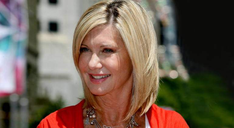 olivia-newton-john-cancer-770.jpg