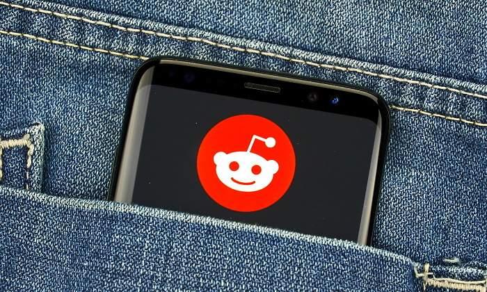 reddit-app-bolsillo-dreamstime.jpg