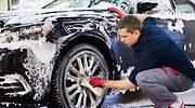 Así es Clinpify: la start-up española que lava coches bajo un modelo de riders y delivery