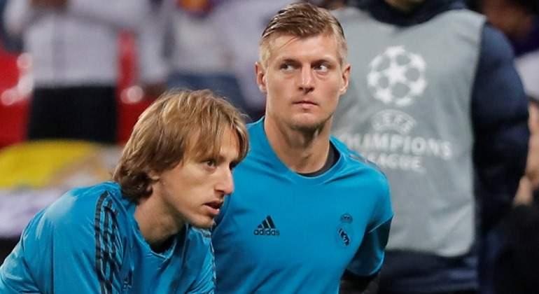 Modric-Kroos-calentamiento-Champions-Reuters-2018.jpg
