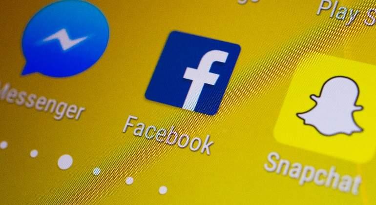 facebook-snapchat.jpg