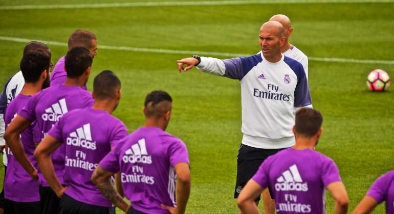 Zidane-ordenes-entreno-2016-reuters.jpg