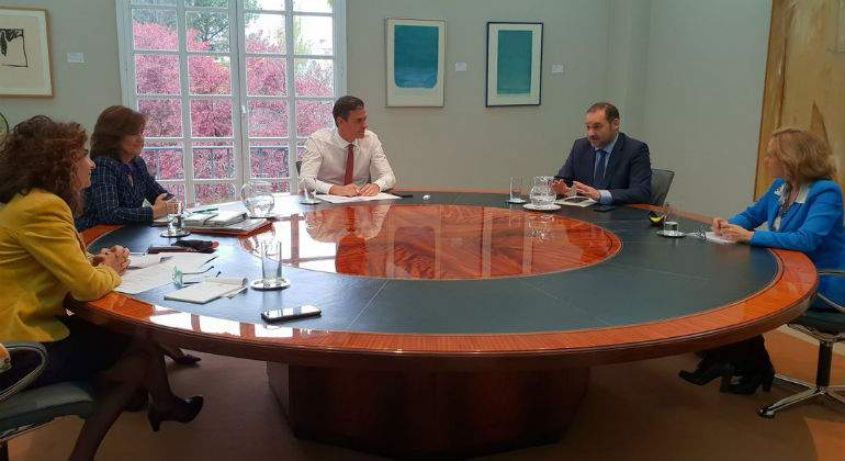 Montero presenta este lunes unos Presupuestos clave para mantener a Pedro Sánchez