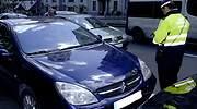 Agente-multa-vehiculo-NO.jpg