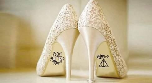 Personaliza los zapatos de tu boda al estilo Harry Potter