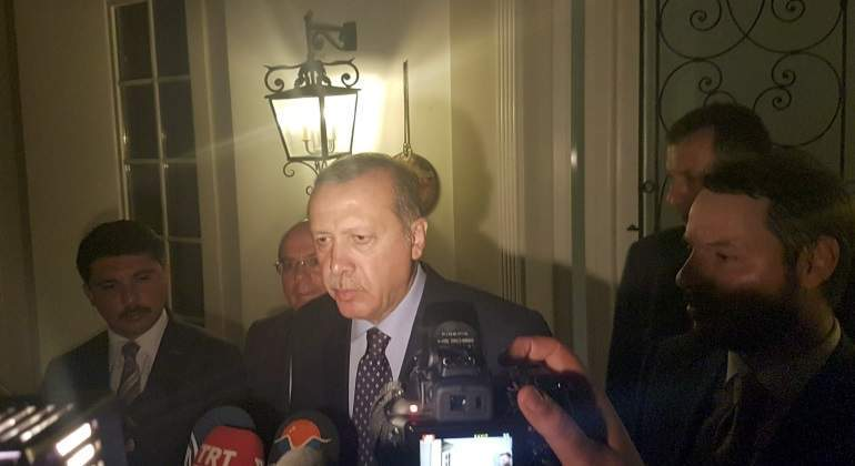 erdogan-comparecencia-marmaris-golpe-estado-reuters.jpg