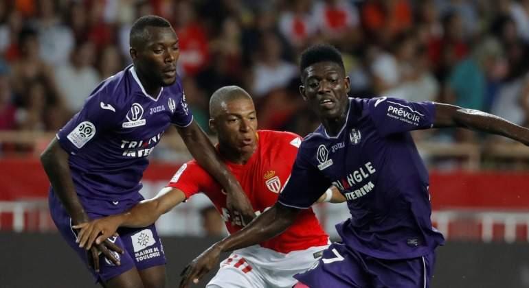 Mbappe-Monaco-Reuters-Ligue1-2017.jpg