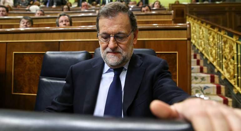 Rajoy defiende a Montoro e insta a investigar si hubo facturas falsas