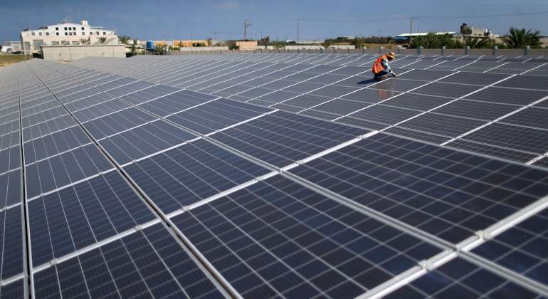 Paneles-solares-Reuters.jpg