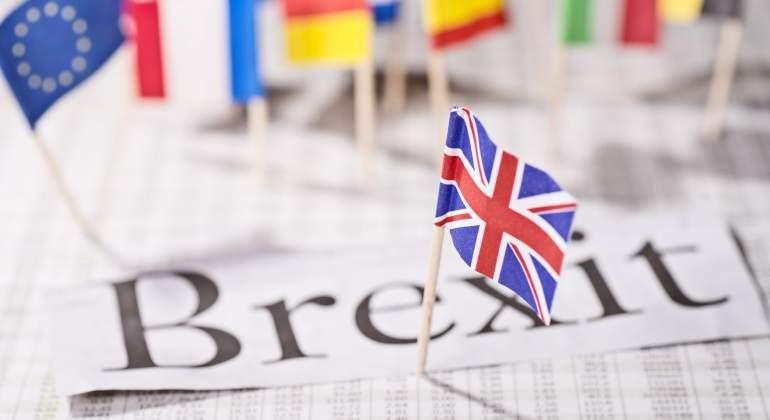 Banco de Inglaterra mantiene su tasa de interés en 0.5%