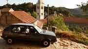 coche-viejo-pueblo-dreamstime.jpg
