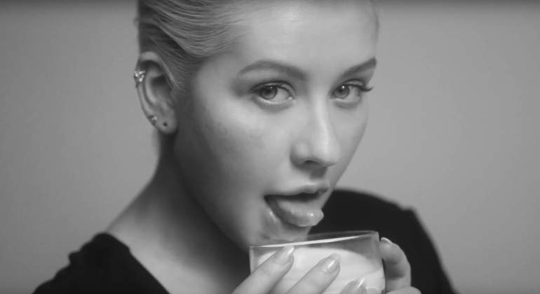 christina-aguilera-2018-youtube.jpg