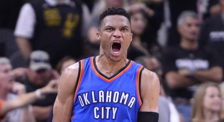 Westbrook-2016-celebra-Spurs-EFE.jpg