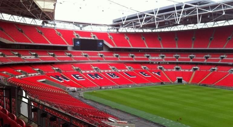 El intento de un multimillonario para comprar Wembley