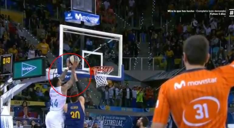 Taylor-Claver-Falta-final-copa-Baloncesto-Movistar.jpg