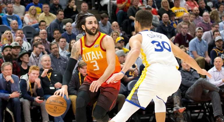 Ricky-Rubio-Utah-Jazz-Curry-2018-USA-Today.jpg