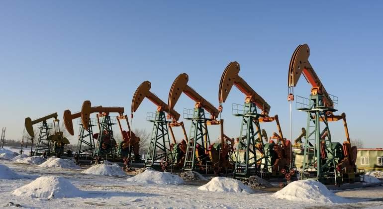 Petróleo alcanza su mejor nivel desde noviembre de 2014