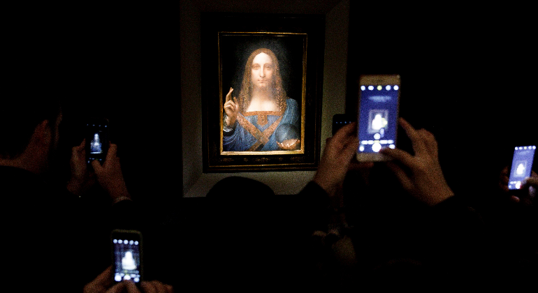 Obra de Da Vinci marca récord histórico en subasta: 450 mdd