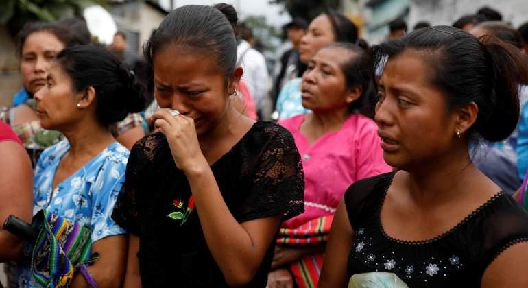Lluvia y actividad volcánica obligan a suspender rescates en Guatemala