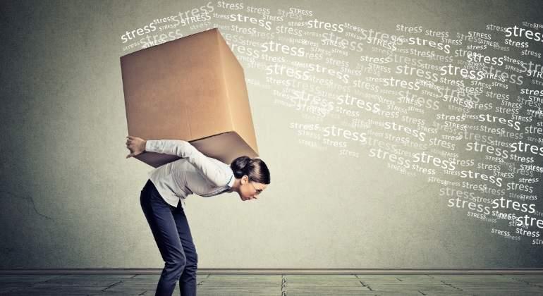 trabajadora-stress-dreamstime.jpg