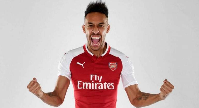 Aubameyang-foto-oficial-Arsenal-2018.jpg