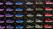 adidas-zapatillas-recurso-estanteria-dreamstime.jpg