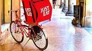 Just Eat enseña a Glovo cómo ser rentable sin riders autónomos
