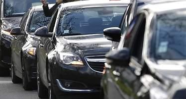Denunciado en Sevilla un conductor de VTC sin tarjeta de transporte ni dado de alta en la Seguridad Social