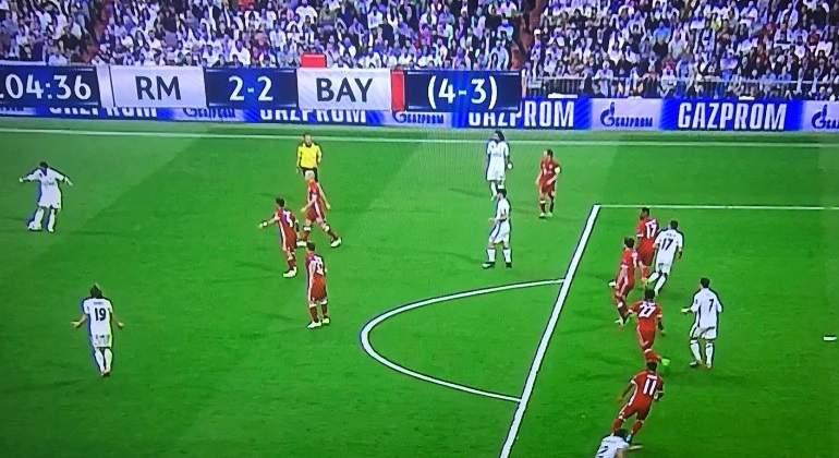 Fuera de juego de cristiano ronaldo en el gol del real for En fuera de juego