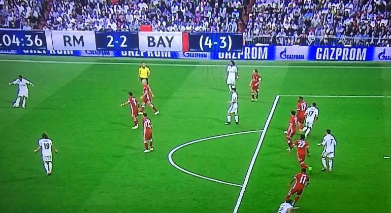 fuera-juego-cristiano-gol-bayern.jpg