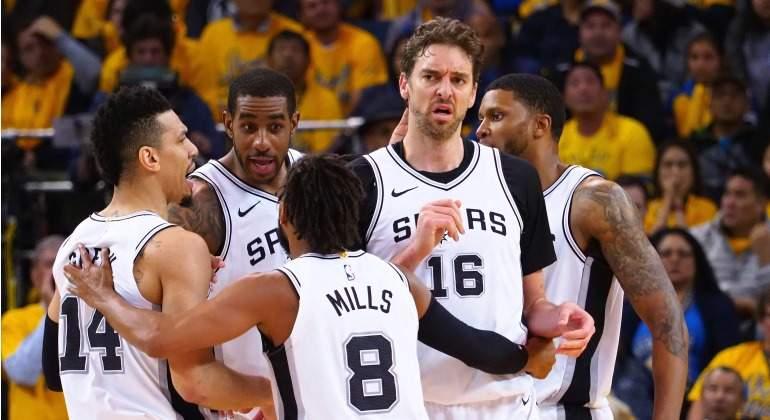 Gasol-Spurs-Warriors-2018-USA-Today.jpg
