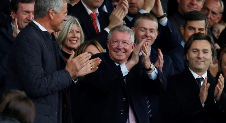 Alex-fERGUSON-REFRES-A-Old-Traford-Reuters.jpg