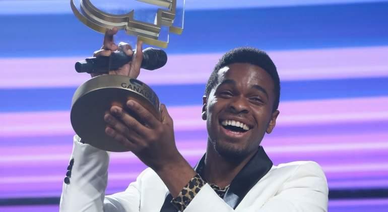 famous-ot-ganador.jpg