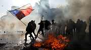 protesta-chile-bandera-reuters.png