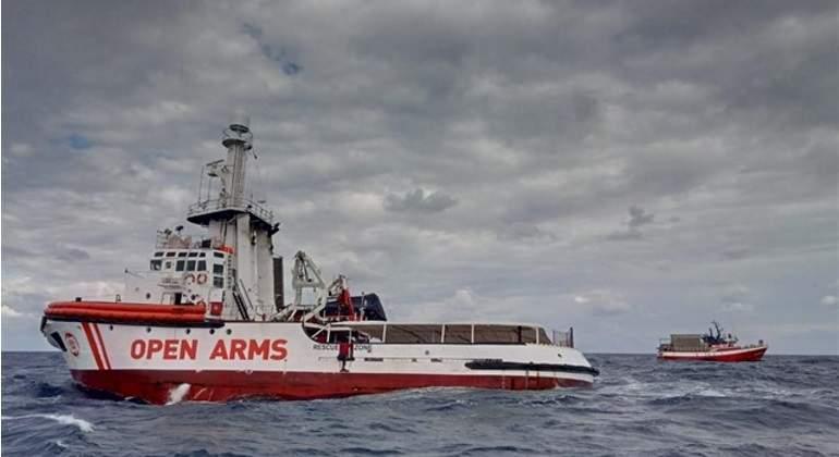 barco-open-arms-ep.jpg
